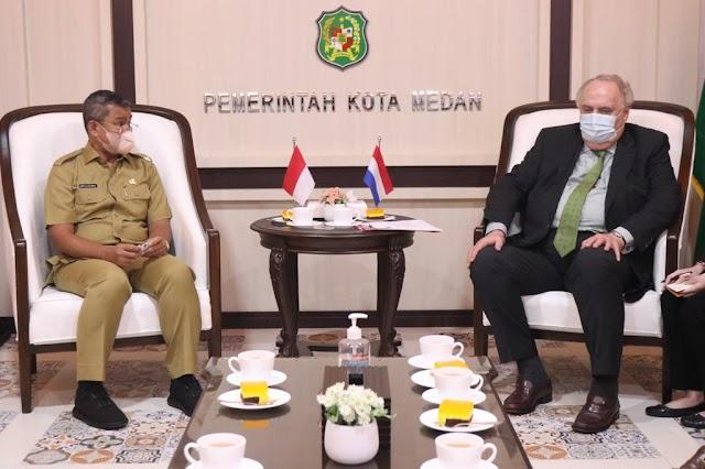Kedutaan Belanda Tawarkan Kerja Sama Ekonomi Perdagangan dengan Medan