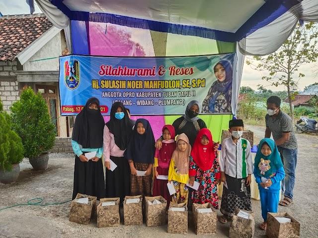Reses DPRD Tuban, Mbak Noer Sambangi Konstituen dan Santuni Yatim Piatu