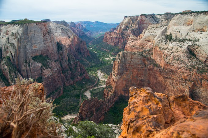 Zion National Park, Utah, United States (with Map & Photos)