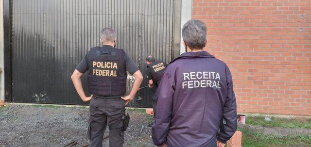 Receita Federal e Polícia Federal deflagram operação de combate ao contrabando, falsificação de cigarros e trabalho escravo