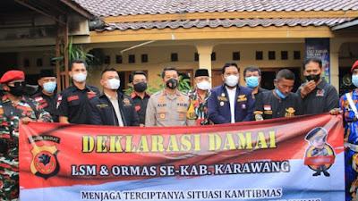 Polres Karawang Sejumlah Ormas Dan LSM Laksanakan Deklarasi Damai