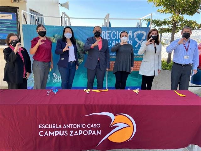 Alumnos de educación media de la UAG se unen a campaña contra el cáncer.