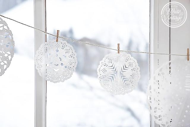 Scherenschnitt Schneeflocken fürs Fenster