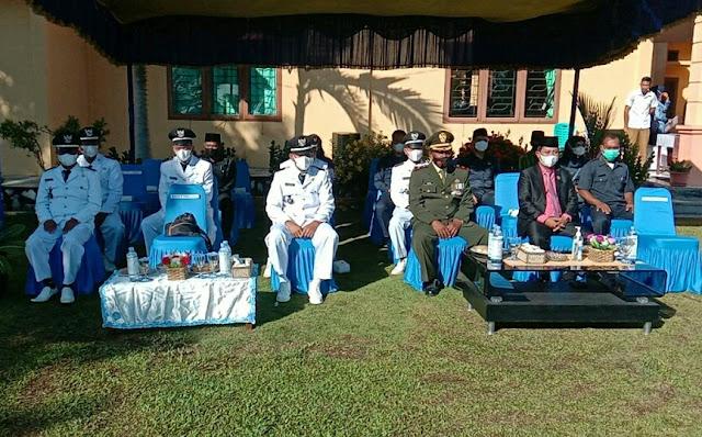 Danramil 01/Ranai Menghadiri Upacara Peringatan HUT kemerdekaan RI ke 76 di Kecamatan Bunguran Timur Laut