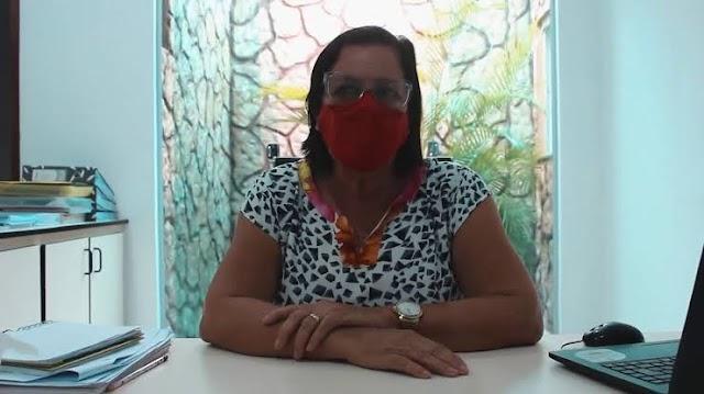 Baixa Grande : No dia do professor (a) secretaria de educação Joanita Rios anuncia que professores da rede municipal em breve será contemplado com notebook