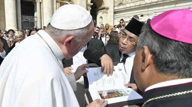 Sosok Yahya Cholil Staquf, Saudara Menteri Agama dan Calon Ketua Umum PBNU Pesaing Said Aqil
