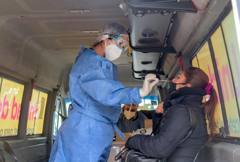Detectaron cinco casos de la variante Delta sin nexo epidemiológico con viajeros