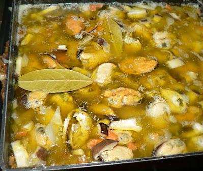 オリーブオイルで煮こむ