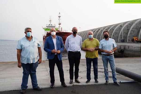 El Gobierno canario trabaja para acelerar los plazos de instalación de las dos desaladoras portátiles de La Palma
