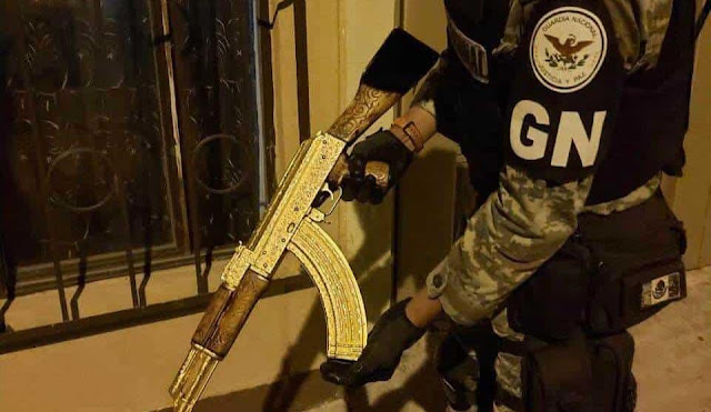 """Donde esta """"El Cuerno de Chivo"""" AK-47 asegurado por La Guardia Nacional?"""