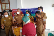 Cegah Penyebaran Covid, Adriana Pantau Langsung Vaksinasi di Minsel