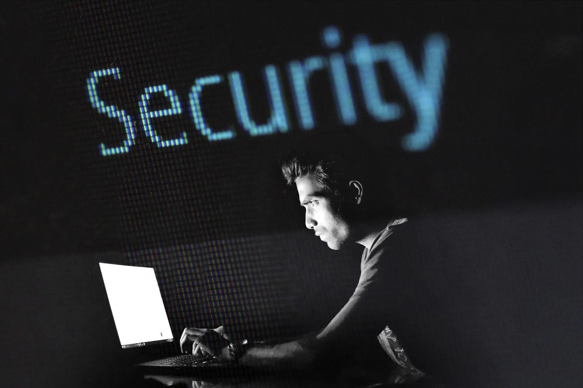 الحفاظ على أمان جهاز الكمبيوتر