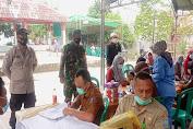 Bhabinkamtibmas Polsek Cikande Lakukan Pengamanan Vaksinasi di Perumahan Griya Asri