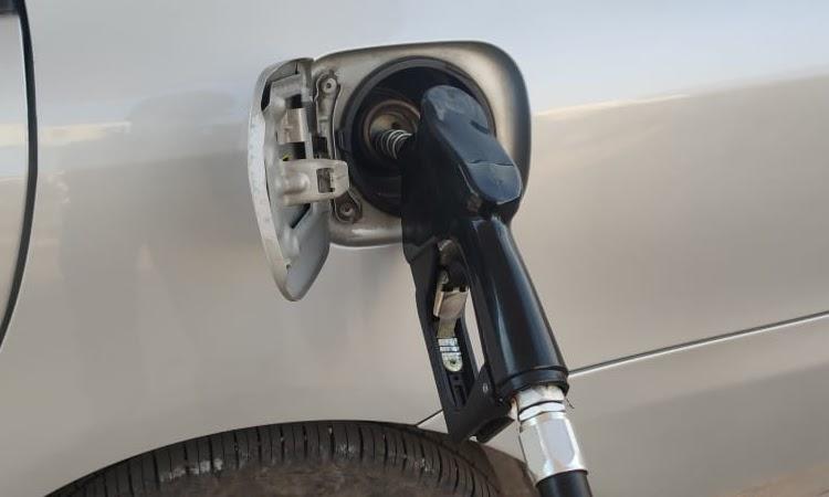 Câmara vota na próxima semana PL para baixar preço do combustível