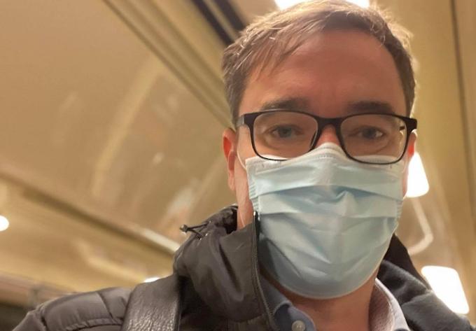 Kamu Geri: közösségi közlekedéssel érkeztem a hivatalba, maszkot is húztam