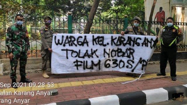 Spanduk Tolak Nonton Film G30S/PKI Bertebaran di Sawah Besar, Mengatasnamakan Warga