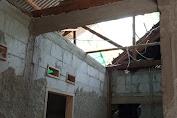 Mogok Pencairan, Pembangunan Rutilahu di Desa Carenang Diduga Mangkrak