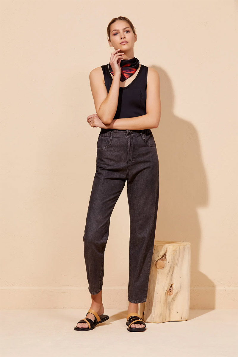 moda 2022 jeans negros chupines mujer