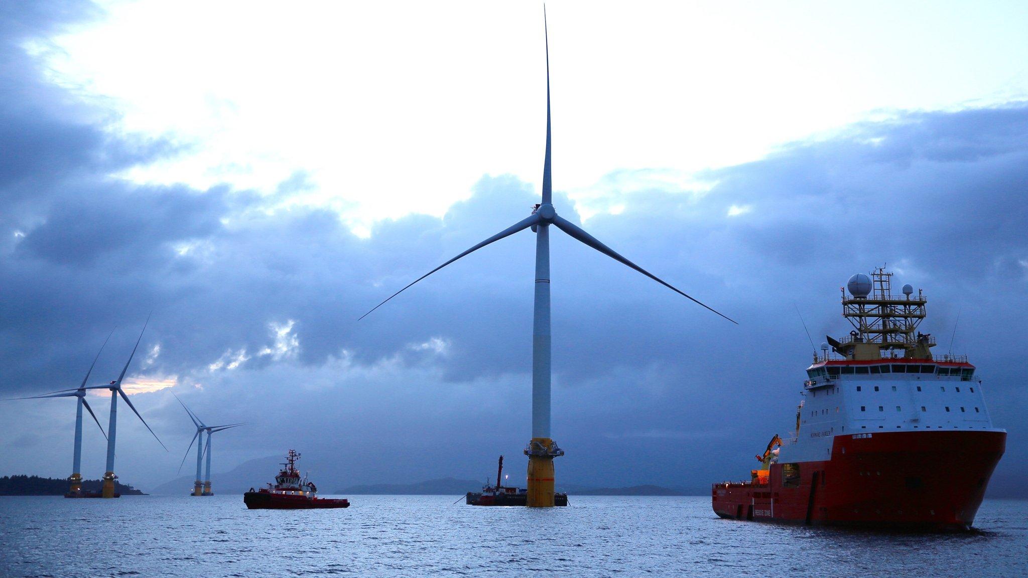 Governo estuda leiloar áreas marítimas para geração de energia eólica