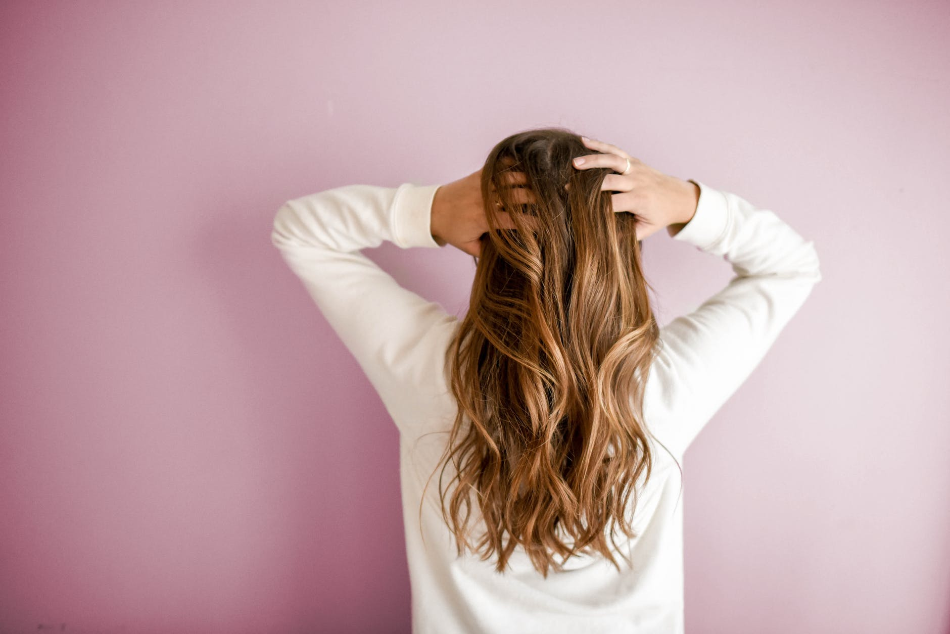 Top Hair Care Tips and Routines for 40+ Women