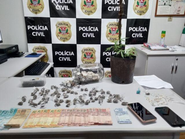 Polícia Civil desmantela associação criminosa atuante no tráfico de drogas em Cananéia