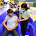 Buena afluencia de adolescentes de 13  años para vacunarse contra el COVID-19