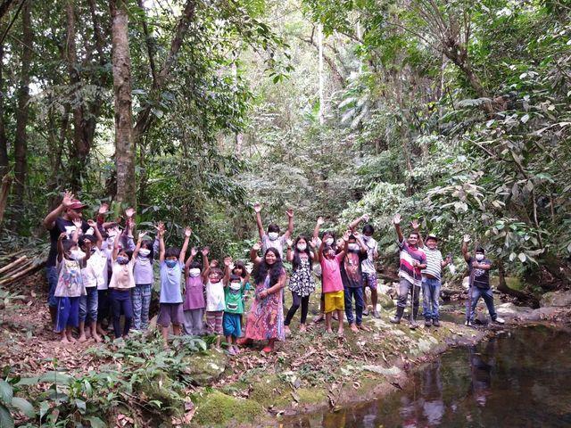 Indígenas Guaranis promovem visita na aldeia Pindo-ty em Pariquera-Açu