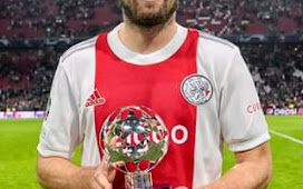 Daley Blind was diagnosed with Myocarditis, an Inflammation of the Heart Muscle and underwent a heart surgery.
