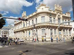 Prefeitura convoca aprovados no REDA para matrícula no curso de formação