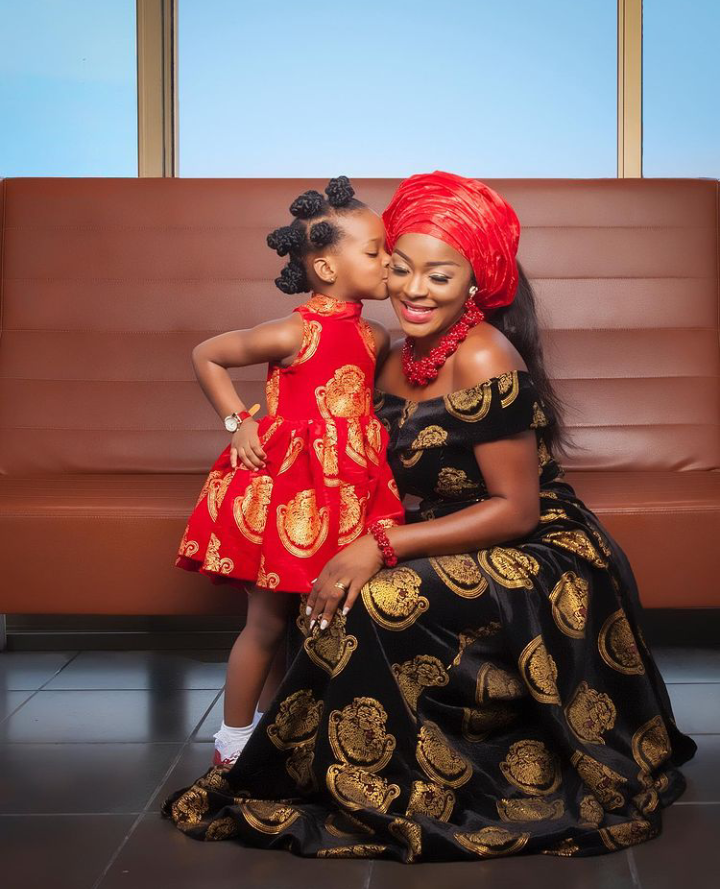 Ada Igbo: Actress Chacha Eke and her daughters look classy in adorable Isiagu outfits (See pictures)