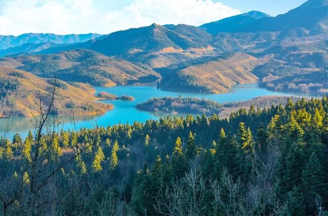 Λίμνη Πλαστήρα – Ο υδάτινος παράδεισος στην Καρδίτσα