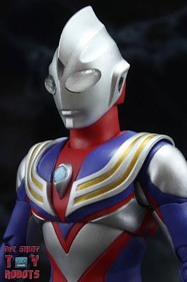 S.H. Figuarts -Shinkocchou Seihou- Ultraman Tiga Multi Type 01