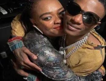 Wizkid And Sister Reunite After Two-years Of Misunderstanding.