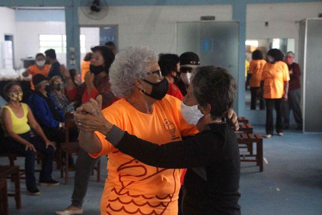 CCMI da Ilha Comprida em comemoração ao Dia Internacional do Idoso