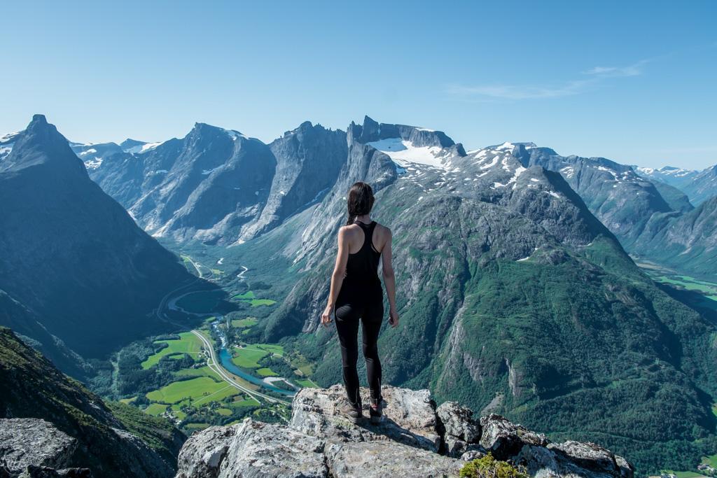 хребет Ромсдальсегген в Норвегии. Ромсдал
