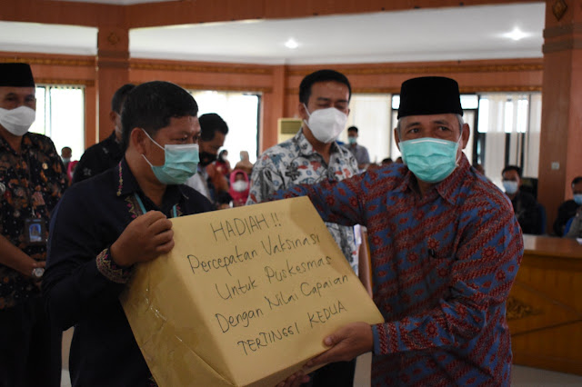 Komandoi Keroyok Vaksinasi, Bupati OKI Target Akhir Tahun Capai Herd Imunity
