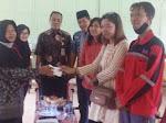 Alumni SMA Widya Kutoarjo Serahkan Bantuan untuk Pembangunan Gedung yang Terbakar
