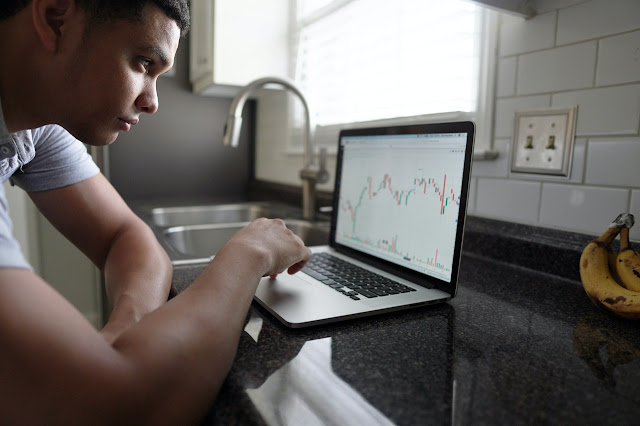Forex Blogs to Follow for Smart Investments