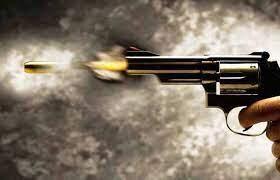 Menina de 12 anos morre após ser atingida por tiro acidental disparado por irmã em Bom Jesus da Lapa