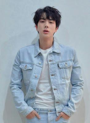 가장 인기있는 지저분한 헤어 스타일 Kim Seok-jin (진)