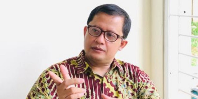 Ubedilah Badrun Merasa Aneh dengan Survei Calon Panglima TNI, Kenapa?