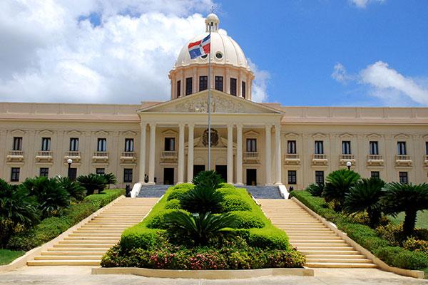 Todas las entidades del Gobierno serán auditadas por orden de Abinader