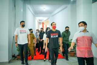 Nadiem Makarim Tinjau Pelaksanaan PTM di Medan