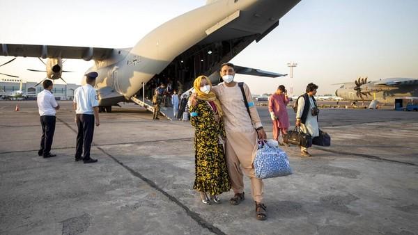 Cerita Warga Afghanistan soal Ngerinya Bandara Kabul Usai Taliban Berkuasa