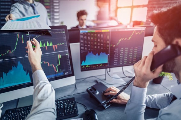 Technology Made Investing in the Stock Market Easier