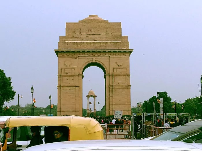 India Gate, Delhi   Best Places to Visit in India