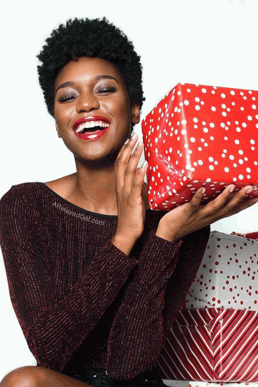 The Best Makeup To Add Sparkle To Your Holiday Makeup Looks   A Relaxed Gal