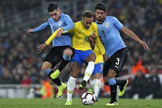 موعد مباراة البرازيل وأوروجواي في تصفيات كأس العالم 2022 والقنوات الناقلة
