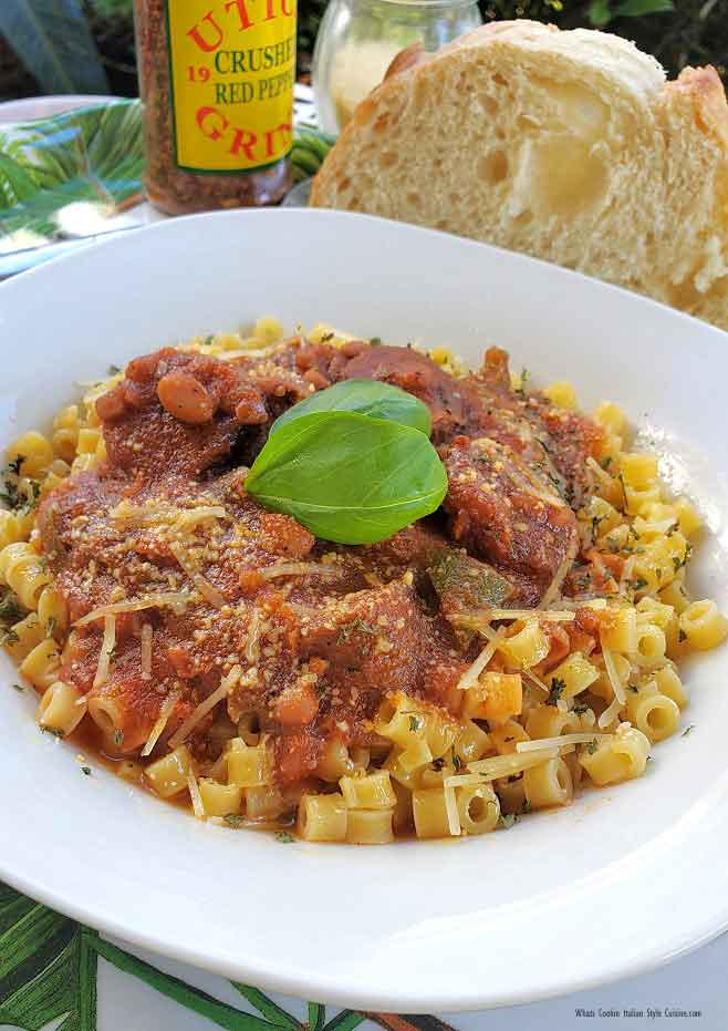 this is white beans, Italian sausage in a wine sauce over ditalini pasta