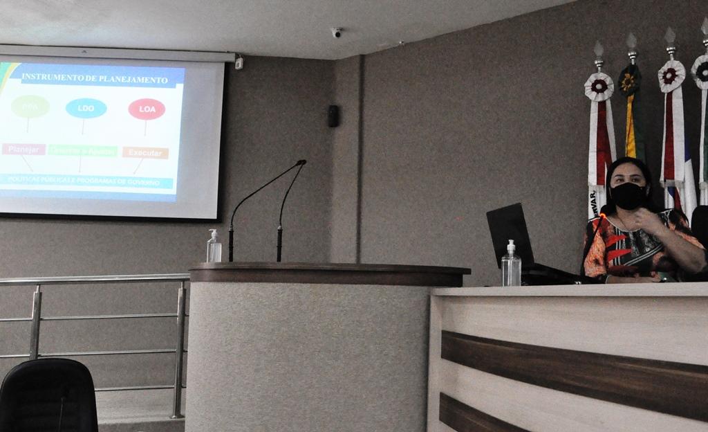 Prefeitura de Barreiras apresenta proposta orçamentária para 2022 na Câmara de Vereadores